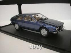 Alfa Romeo Alfetta GT 1975 Bleu Métallique 1/18 Cult Scale Models CML083-2 Neuf