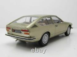 Alfa Romeo Alfetta Gt 1975 Vert Metallic Modellauto 118 Cult Scale Models