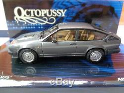 MINICHAMPS 1/43 Alfetta GTV 6 2,5 L 1983 James Bond Octopussy N°436 120141