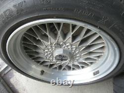 Original Alfa Romeo Alfetta Gt GTV6 Grand Prix Lot de Jantes Avec TRX Pneu